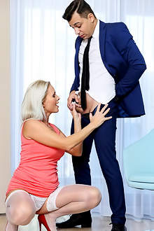 Kathy Anderson Slender milf Kathy Anderson sucks young dick and fucks