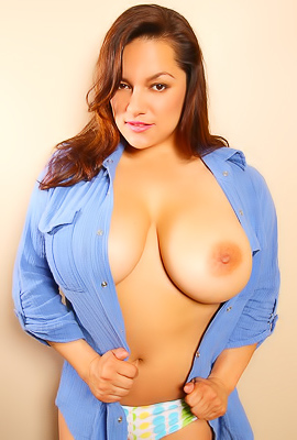 Monica Mendez Shows Her Massive Tits